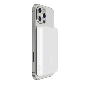 Product Belkin BOOST↑CHARGE Magnetic Wireless Power Bank - White base image